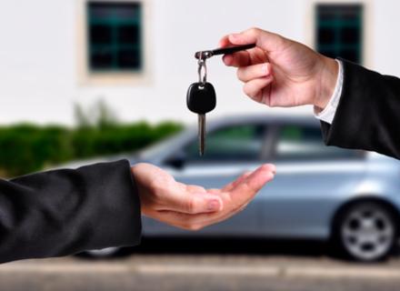 Як правильно переоформити автомобіль з одного власника на іншого