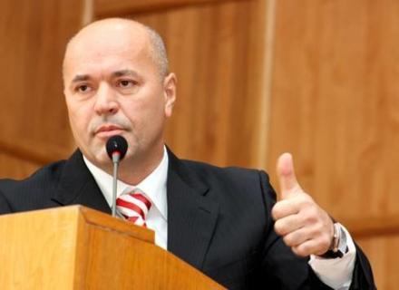 Екс-мер Ужгорода вимагає націоналізації стратегічних галузей