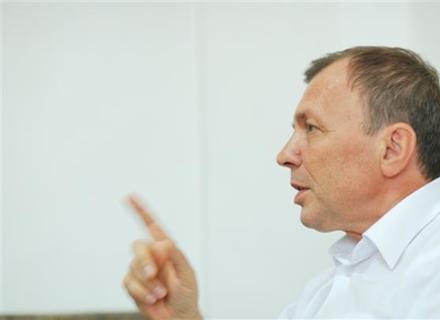 Мер Ужгорода Погорєлов -- проти хамства чиновників