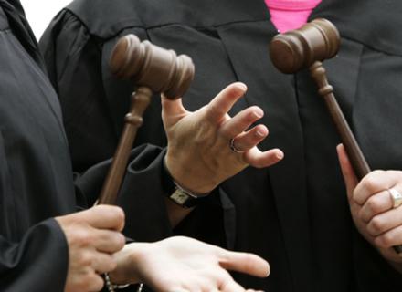 55% закарпатців хочуть судової реформи