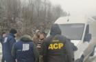 Правоохоронці затримали лісника, який брав хабар 3 тисячі доларів за незаконну вирубку лісу на Хустщині