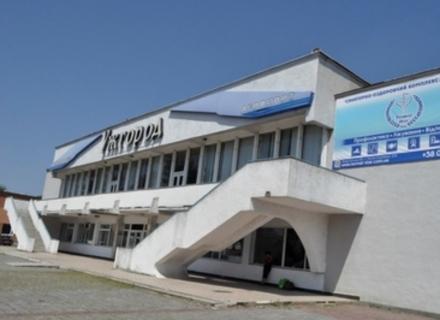 Навколо Ужгородського аеропорту більше політики, ніж практики
