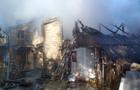 Масштабна пожежа на Тячівщині: Горів двоповерховий будинок, хлів та гараж