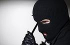 На Закарпатті троє грабіжників у масках побили бабусю і вкрали у неї... 74 гривні