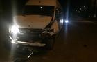 На Закарпатті мікроавтобус протаранив інший мікроавтобус, у якому їхала голова ДВК з виборчими документами