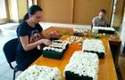 Закарпатська ОДА та мерія Ужгорода скинулися на величезне квіткове панно до Дня Незалежності (ФОТО)