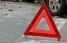 Поблизу Мукачева автомобіль влетів у стовп, є постраждалі
