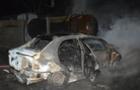 В Ужгороді вночі невідомі спалили автомобіль