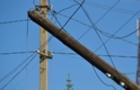 На Мукачівщині п'яний водій на автомобілі ВАЗ вдарився в електроопору і втік