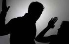 На Рахівщині чоловік жорстоко побив свою дружину і втік за кордон