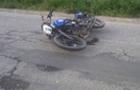 На Тячівщині хлопець впав з мопеда і загинув
