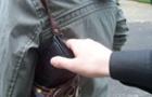 В Ужгороді п'ятеро осіб пограбували чоловіка і втекли на автомобілі