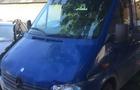 У Тячівському районі мікроавтобус збив 15-річну дівчину
