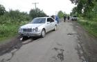 На Закарпатті молодик на Мерседесі збив насмерть дідуся на мотоциклі