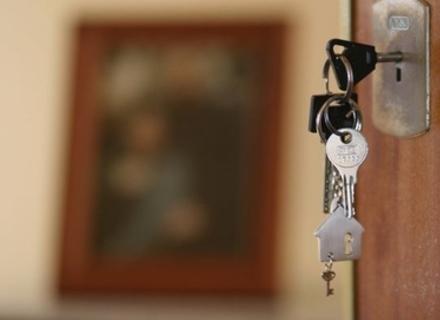 Мукачівець, який незаконно заволодів чужою квартирою, сяде на 6 років
