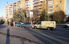 Паровоз: Чотири автомобіля зіштовхнулися в Ужгороді