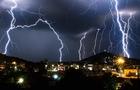 На Закарпатті вночі очікуються сильні зливи та грози
