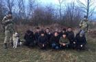 На Закарпатті 12 в'єтнамців намагалися перетнути держкордон в спеціальних накидках та імітаторами копит оленя