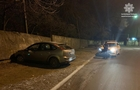 В Ужгороді п'яний водій на автомобілі Форд врізався в бетонну стіну