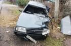 Водій з Донеччини потрапив до реанімації після того, як його автомобіль вдарився в стовп у Виноградові