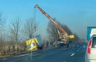 Біля Мукачева ще одна вантажівка перекинулася в кювет