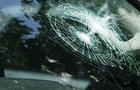 В Ужгороді 41-річний чоловік з рогатки розбив скло на автомобілі патрульних