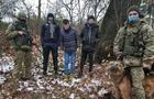 Біля Ужгорода прикордонники впіймали трьох нелегалів з північної Африки