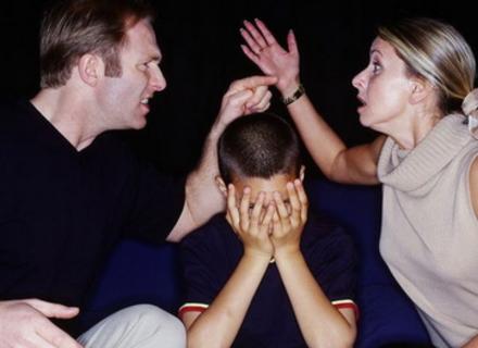 Енурез, як реакція дитячого організму на негаразди у сім`ї