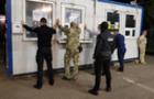 Затримано ужгородських митників, їх підозрюють у хабарництві