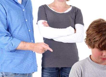 Дитячий психолог: Звідки беруться образливі слова?