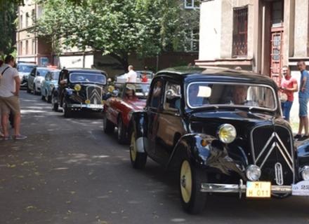 В Ужгороді відбулася виставка ретроавтомобілів із Польщі, Чехії та Словаччини (ФОТО, ВІДЕО)