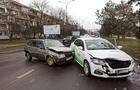 В Ужгороді знову сталася аварія за участі автомобіля таксі LimeJet