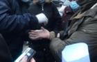 На Закарпатті за сприяння у контрабанді сигарет затримано двох прикордонників.
