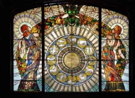 В Ужгороді відбудеться виставка репродукцій легендарного угорського вітражиста Ровта Мікши