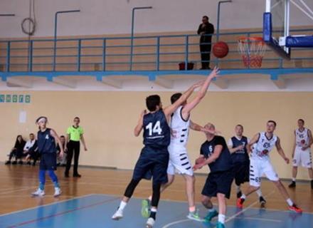 БК Ужгород здобуває максимальну кількість очок від початку сезону