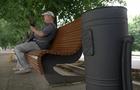 На реконструйованій набережній Незалежності в Ужгороді нарешті встановили смітники