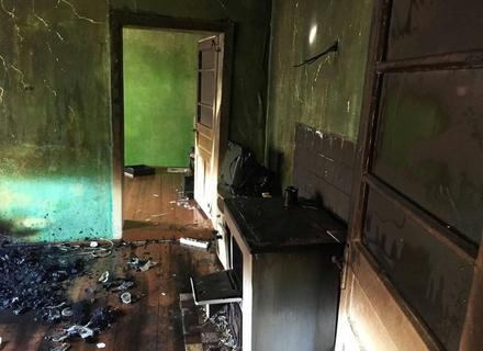 На Виноградівщині у власному будинку згорів чоловік