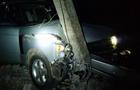 В Ужгороді п'яний водій на Range Rover тікав від поліції і зніс електроопору