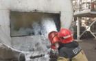 На одному з підприємств Ужгорода горіла ємність з бітумом