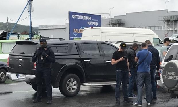 У Мукачеві поліція разом з СБУ провела операцію з затримання наркозлочинця
