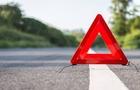 ДТП в Ужгороді: Автомобіль врізався в дерево (ВІДЕО)