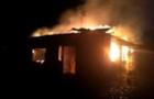 У Берегові згорів будинок, у якому мешкало чотири родини. Люди потребують допомоги