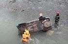 На Міжгірщині автомобіль злетів у річку