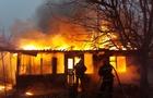 На Рахівщині згорів дерев'яний будинок. Чотирьох маленьких дітей, які були в будинку, врятувала 11-річна дівчинка