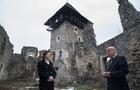 Надійний патронат: У Невицького замку збільшилися шанси на порятунок