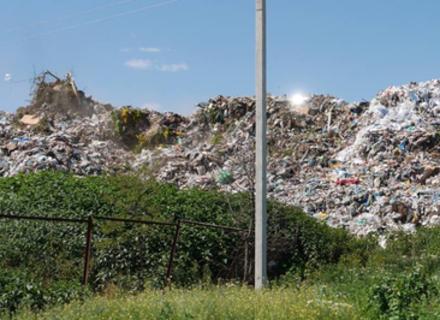Закарпаттю загрожує сміттєвий колапс - за рік накопичується понад 300 тонн відходів