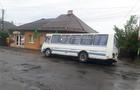 У Виноградові пасажирський автобус провалився у величезну яму
