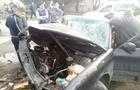 На Тячівщині рятувальники розрізали двері автомобіля, щоб витягнути постраждалого в аварії (ФОТО)