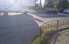 """У Виноградові на перехресті вантажівка зіштовхнулася з """"Фольксвагеном"""" (ВІДЕО)"""