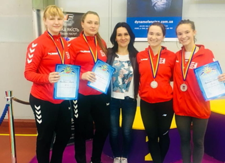 Ужгородські фехтувальниці здобули срібло Чемпіонату України